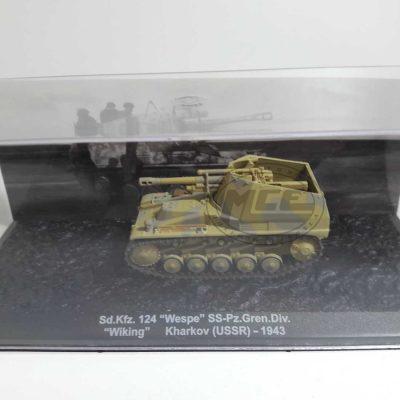 """SD.KFZ. 124""""WESPE"""" SS-PZ.GREN.DIV.""""WIKING"""" KHARKOF(USSR)-1943"""